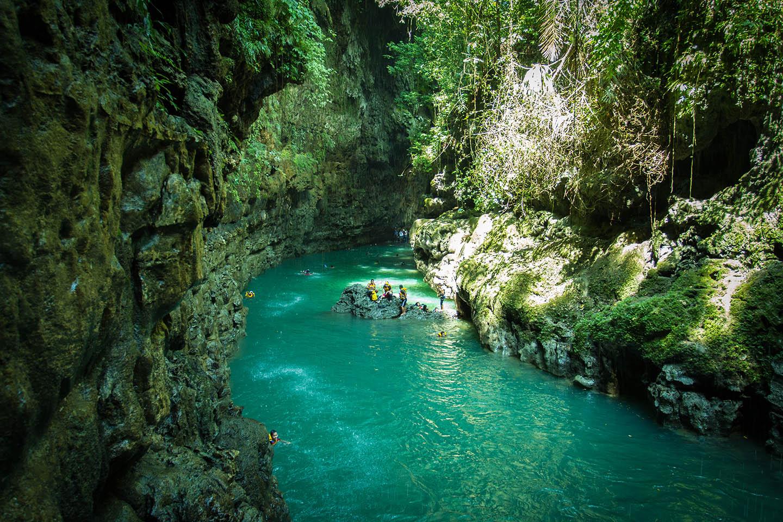 paket wisata green canyon pangandaran