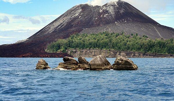 Album wisata Krakatau