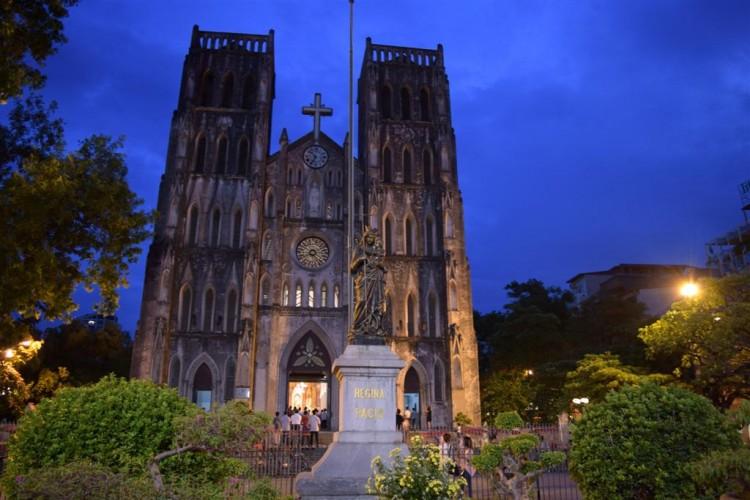 ST-Joseph-Cathedral-Hanoi-750×500