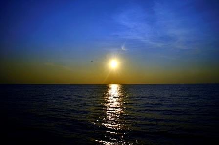 sunset karang copong