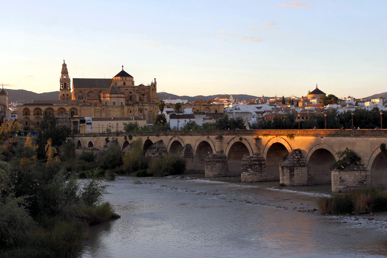 paket wisata maroko spanyol