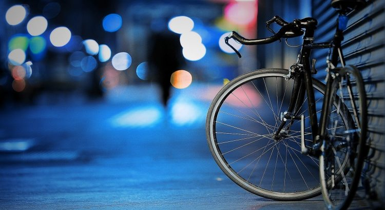 Bersantai dengan Sepeda